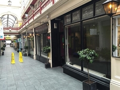 714 SF Shopping Centre Unit for Rent  |  Castle Arcade, Cardiff, CF10 1BW