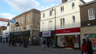 931 SF High Street Shop for Rent  |  21 Northbrook Street, Newbury, RG14 1DJ