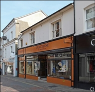 653 SF High Street Shop for Rent  |  10 - 12 Market Street, Guildford, GU1 4LB
