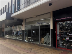 1,395 SF High Street Shop for Rent  |  26 Broad Walk, Harlow, CM20 1JA