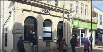1,461 SF High Street Shop for Rent  |  9 Bank Street, Newquay, TR7 1EG