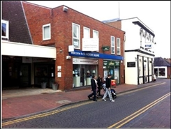 374 SF Shopping Centre Unit for Rent  |  Unit 16, Droitwich Spa, WR9 8HE