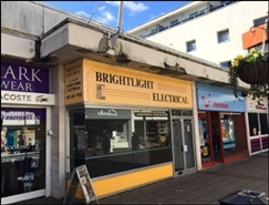 925 SF Shopping Centre Unit for Rent  |  Unit 38, Wallington Shopping Centre, Wallington, SM6 8RG