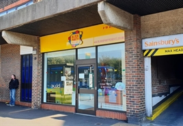 2,760 SF High Street Shop for Rent  |  8-10 West End Road, Southampton, SO18 6TG