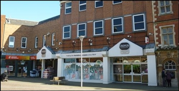 3,834 SF Shopping Centre Unit for Rent  |  Lindsey Centre, Gainsborough, DN21 2BT