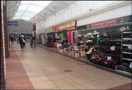 103 SF Shopping Centre Unit for Rent  |  Unit 1a, St Georges Shopping Centre, Gravesend, DA11 0TA