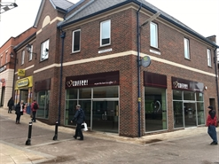 1,577 SF Shopping Centre Unit for Rent | Unit 2a Steeplegate, Chesterfield, S40 1SA