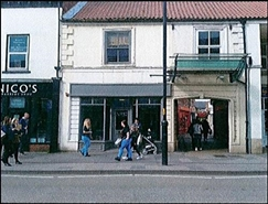 501 SF High Street Shop for Rent  |  18 Gowthorpe, Selby, YO8 4ET