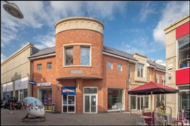 6,394 SF Retail Park Unit for Rent  |  Unit D 15-16 The Swan Centre, The Swan Centre, Rugby, CV21 3EB