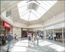 1,859 SF Shopping Centre Unit for Rent  |  Unit 9, Hart Shopping Centre, Fleet, GU51 3LA