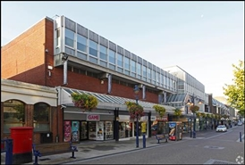 1,225 SF Shopping Centre Unit for Rent  |  Thamesgate Shopping Centre, Gravesend, DA11 0AF