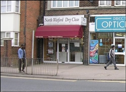 420 SF High Street Shop for Rent | 411 St Albans Road, Watford, WD24 6PR