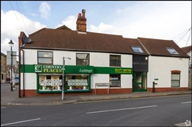 471 SF High Street Shop for Sale  |  62 Crown Street, Brentwood, CM14 4BJ