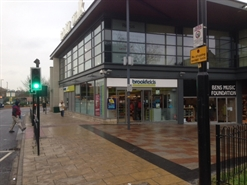 915 SF Shopping Centre Unit for Rent  |  G37a, Trinity Walk Shopping Centre, Wakefield, WF1 1QU