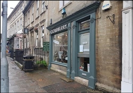 461 SF High Street Shop for Rent  |  45 St Margaret'S Street, Bradford On Avon, BA15 1DE