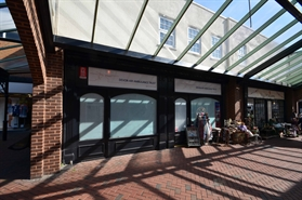 922 SF Shopping Centre Unit for Rent  |  21-22 Market Walk, Tiverton, EX16 6BL