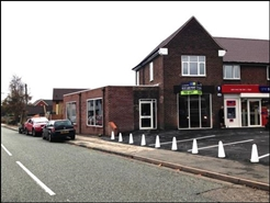 1,410 SF Out of Town Shop for Rent  |  60 Horseley Road, Tipton, DY4 7NB