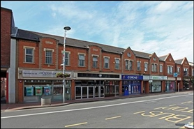 2,264 SF High Street Shop for Rent  |  106 Friar Street, Reading, RG1 1EP