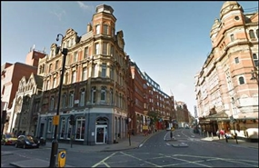 1,075 SF High Street Shop for Rent  |  138 Shaftesbury Avenue, London, WC2H 8HB