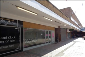 350 SF Shopping Centre Unit for Rent  |  Market Square, Cradley Heath, B64 5HH