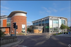 853 SF Shopping Centre Unit for Rent  |  Unit 2, Eden Shopping Centre, High Wycombe, HP11 2AU