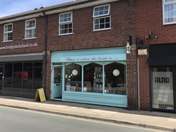 626 SF High Street Shop for Rent  |  25 Wellowgate, Grimsby, DN32 0RA