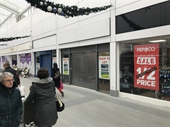 903 SF Shopping Centre Unit for Rent  |  Unit 22, Clock Towers Shopping Centre, Rugby, CV21 2JR