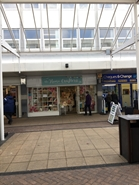 1,005 SF Shopping Centre Unit for Rent  |  17 West Walk, Yate, BS37