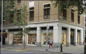 1,155 SF High Street Shop for Rent  |  11 - 15 Duke Of York Square, London, SW3 4LY