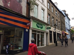 651 SF High Street Shop for Rent  |  5 Hall Street, Carmarthen, SA31 1PH