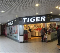2,089 SF Shopping Centre Unit for Rent  |  Unit 8, Kingsgate Shopping Centre, Dunfermline, KY12 7QA