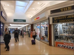 1,018 SF Shopping Centre Unit for Rent  |  13a Penny Hill Centre, Hunslet, Leeds, LS10 2AP