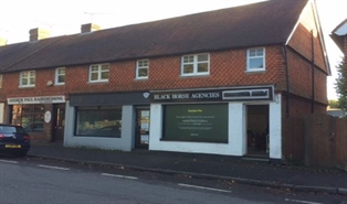 940 SF Out of Town Shop for Rent  |  Grayshott Units 3 & 4, Hindhead, GU26 6LE