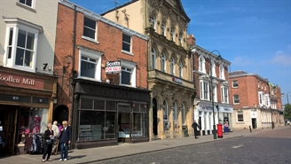 2,250 SF High Street Shop for Rent  |  59 Saturday Market, Beverley, HU17 8AQ