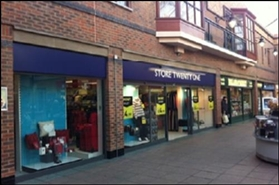 410 SF High Street Shop for Rent  |  45 Carlton Street, Castleford, WF10 1AS