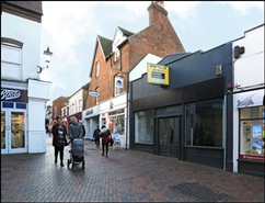 653 SF High Street Shop for Rent  |  21 Swan Lane, Guildford, GU1 4EQ