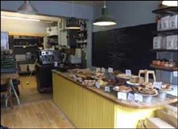 374 SF High Street Shop for Rent  |  28A High Street, Falmouth, TR11 2AD
