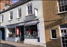 270 SF High Street Shop for Rent  |  37 Cheap Street, Sherborne, DT9 3PU