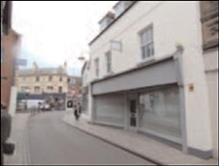 861 SF High Street Shop for Rent  |  3 Geen End, Whitchurch, SY13 1AD