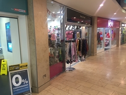 444 SF Shopping Centre Unit for Rent  |  12 Hounds Hill Centre, Blackpool, FY1 4HU