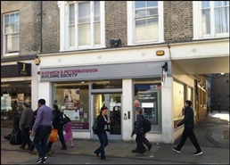 1,113 SF High Street Shop for Rent  |  4 St Andrews Street, Cambridge, CB2 3AX