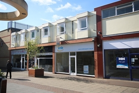 514 SF Shopping Centre Unit for Rent  |  14 The Boulevard, Waterlooville, PO7 7DT