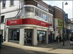 1,112 SF High Street Shop for Rent  |  55 George Street, Luton, LU1 2AL