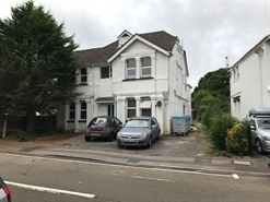 1,000 SF Out of Town Shop for Sale  |  4 Richmond Park Crescent, Bournemouth, BH8 9BU