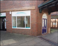 337 SF Shopping Centre Unit for Rent  |  Piries Place Shopping Centre, Horsham, RH12 1EH