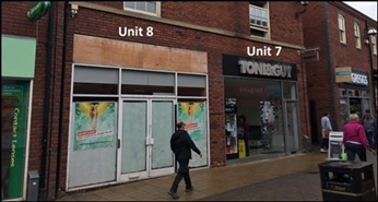 778 SF Shopping Centre Unit for Rent  |  Unit 7, Castle Walk Shopping Parade, Newcastle Under Lyme, ST5 1AN