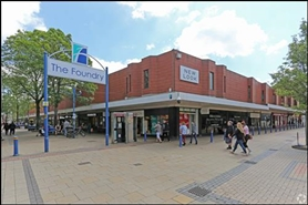 1,030 SF Shopping Centre Unit for Rent  |  64 High Street, Scunthorpe, DN15 6SD
