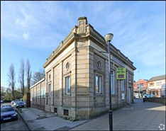 2,175 SF High Street Shop for Rent  |  9 Bank Street, Pontefract, WF9 4JX
