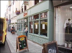 578 SF High Street Shop for Rent  |  14 East Street, Brighton, BN1 1HP