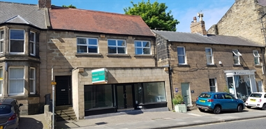 742 SF High Street Shop for Rent  |  25 Bondgate Without, Alnwick, NE66 1PR